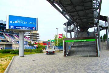Mediolanum Forum - Totem Pubblicitari Assago Milanofiori